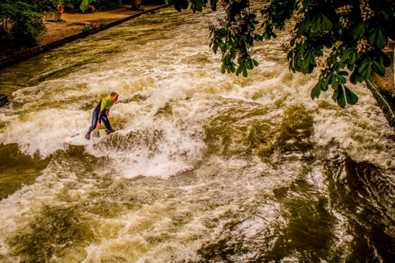 img_9101-lr-1-of-1-surfer-on-the-eisbach-river-wave