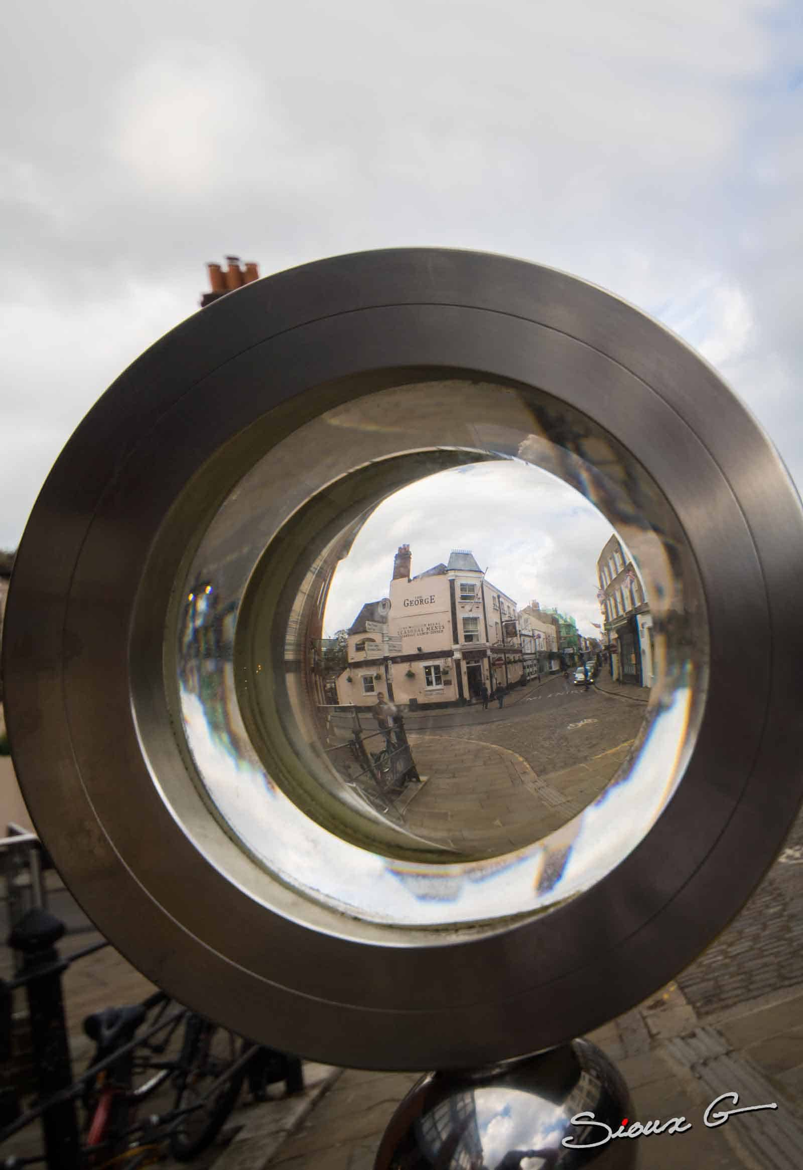IMG_4701-Magnifying-Glass-sculpture,-Viewing-Tower,-Wendy-Ramshaw-LR-(1-of-1)