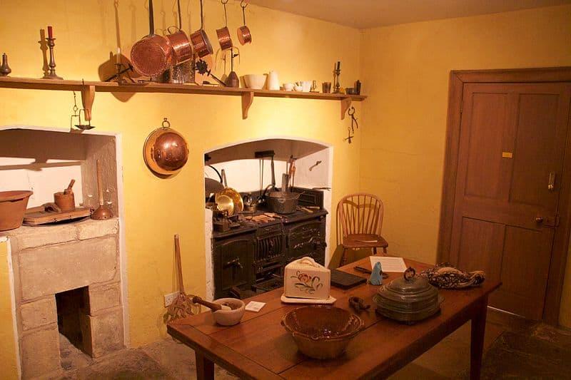 William_Herschel_Museum_-_kitchen